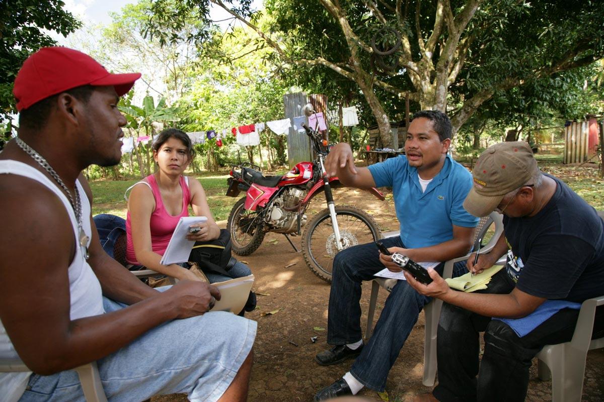 Toimittajia työssään Nicaraguassa
