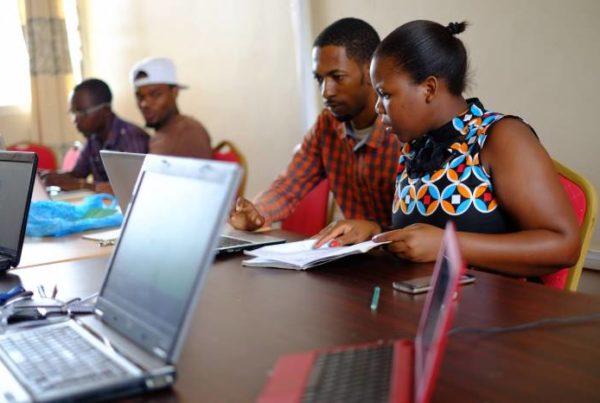 Verkkokoulutusta Tansaniassa