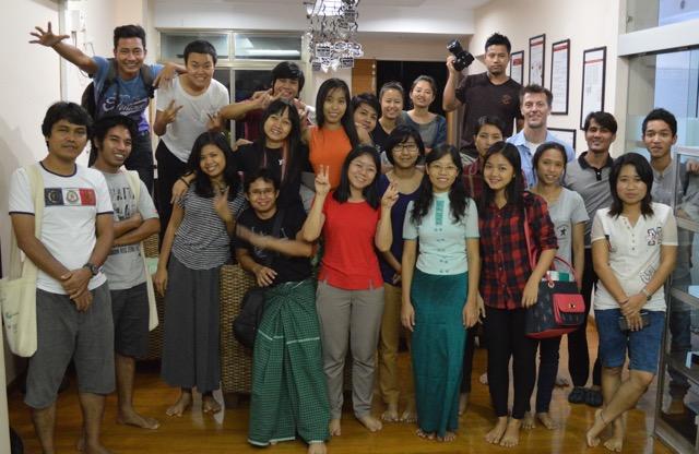 Ryhmäkuva koulutukseen osallistuneista