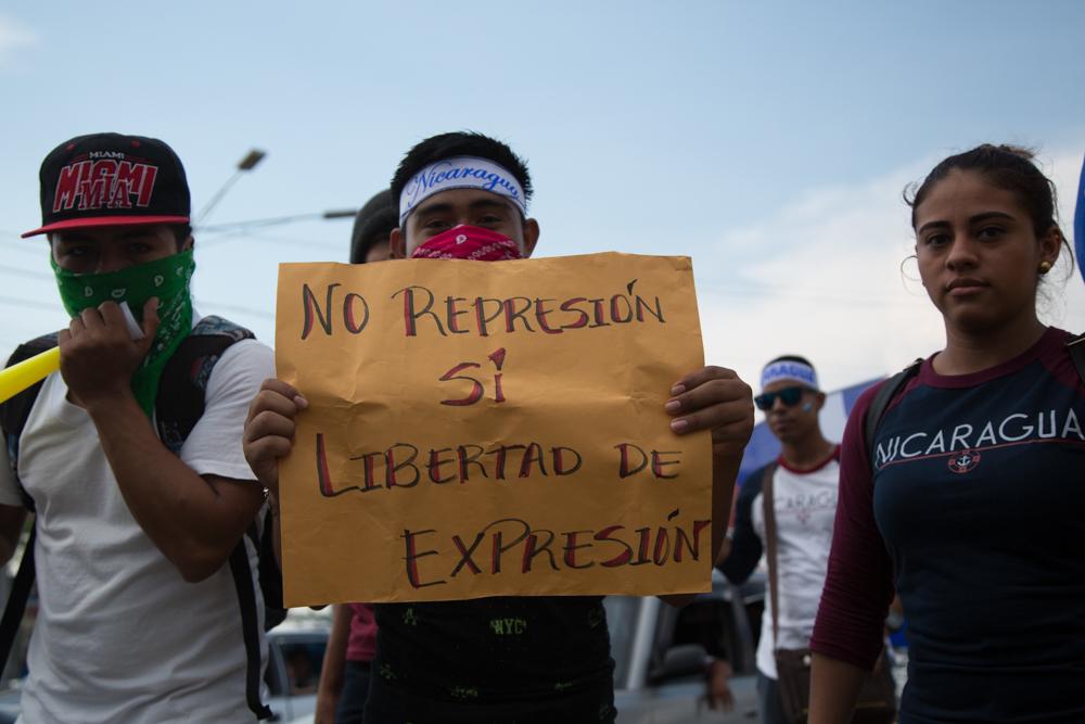 Mielenosoittajia Nicaraguassa
