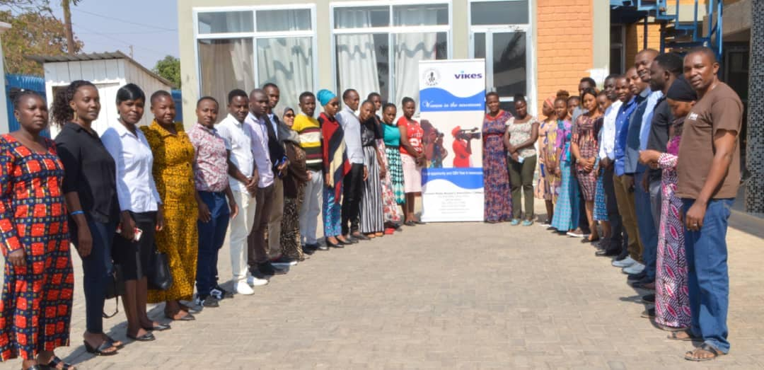 Osallistujia koulutukseen naistoimittajien oikeuksista