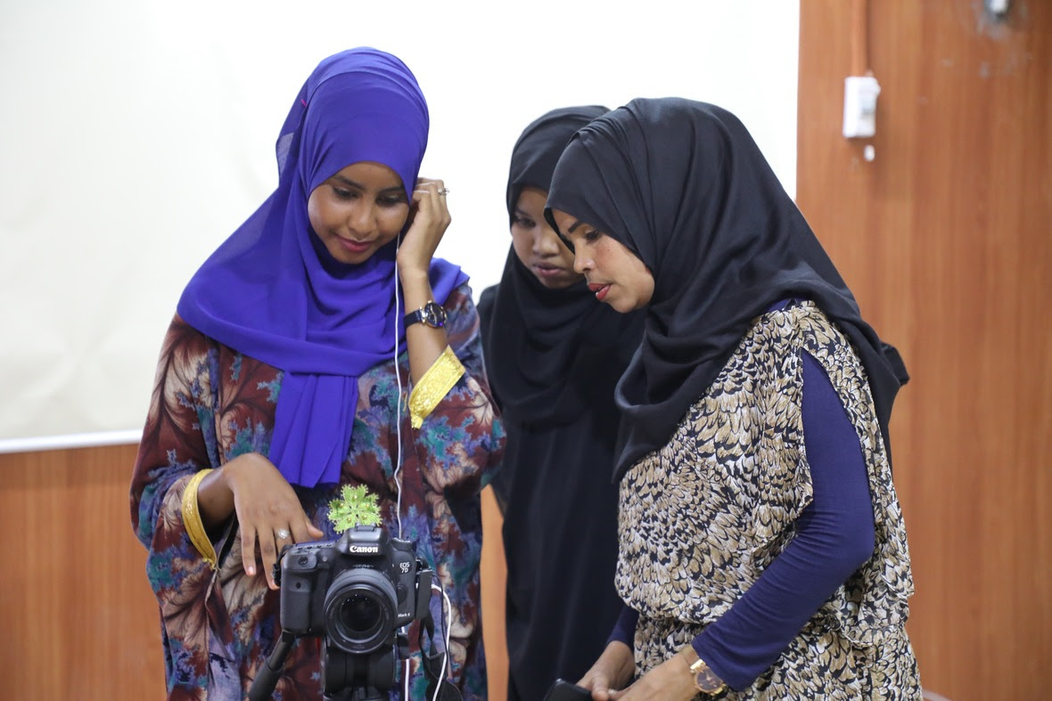 Naistoimittajien koulutus Somaliassa