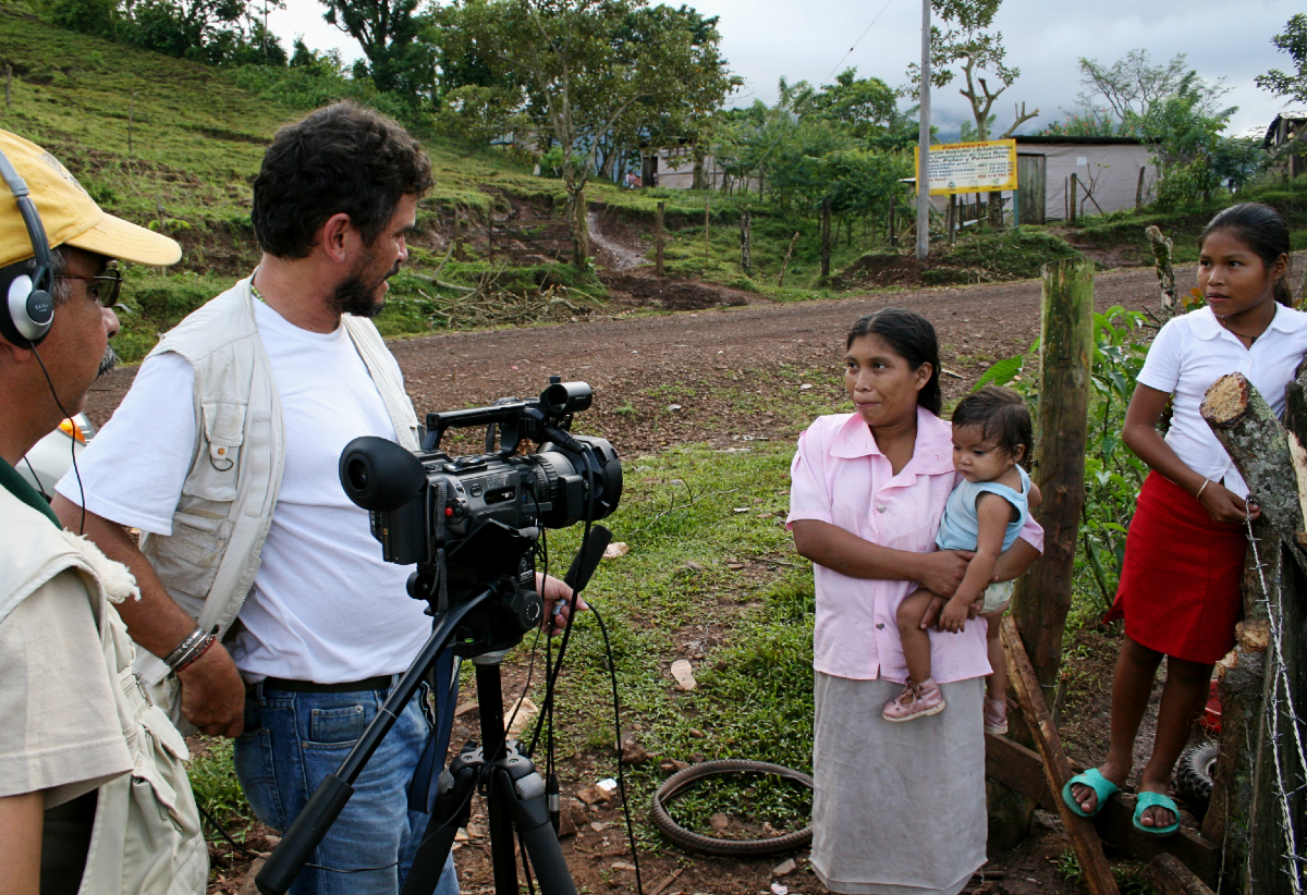 Videokuvausta Nicaraguan maaseudulla
